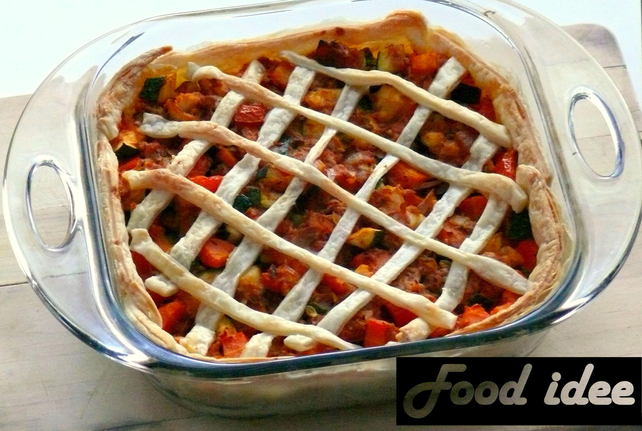 Hartige tonijntaart met tomaat en courgette