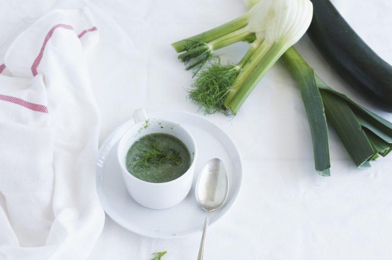 Yoga detox soep: venkel courgette