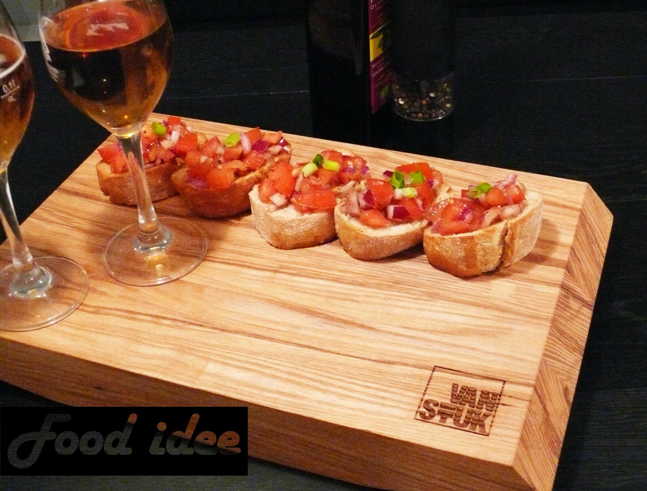 Bruschetta tomaat knoflook ui
